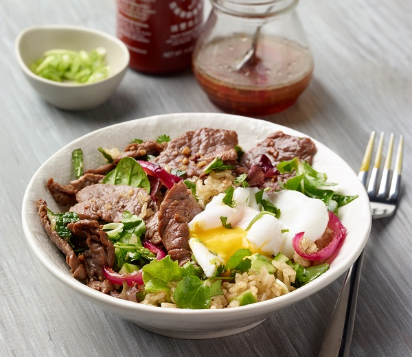 Crispy rice bowl with poached egg