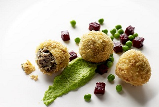 Lamb scrumpets with pea puree and beets
